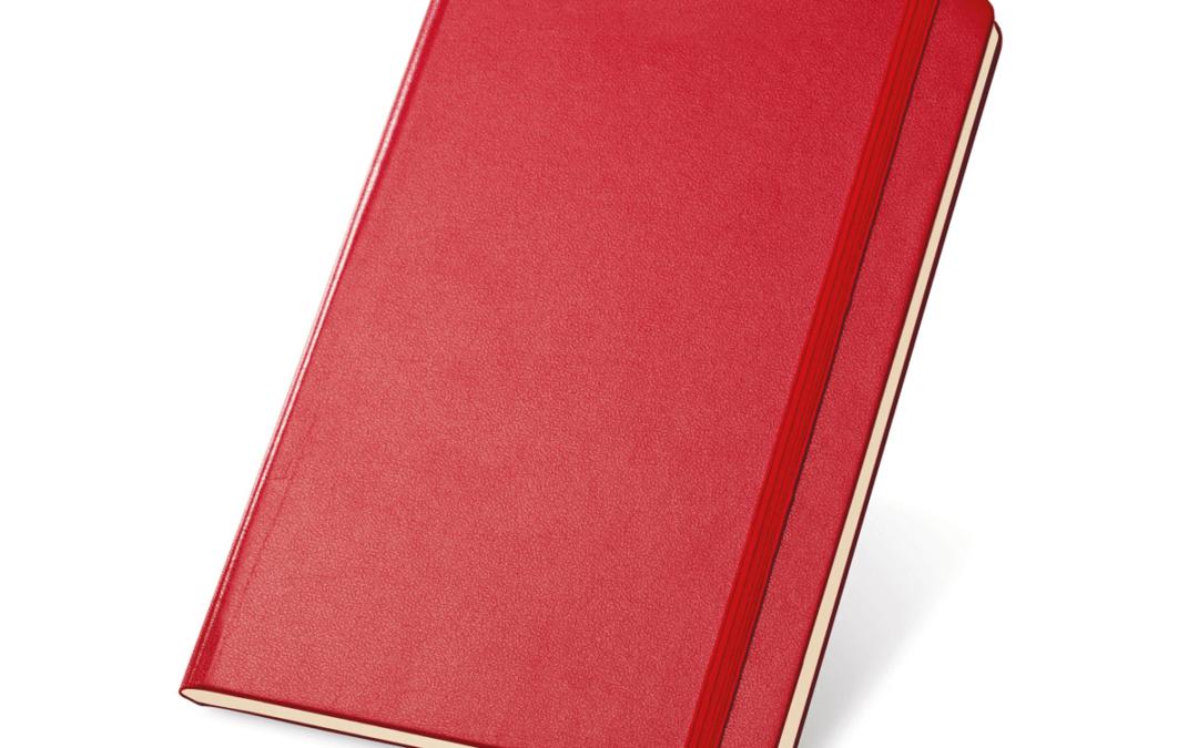 Czerwone notesy z nadrukiem