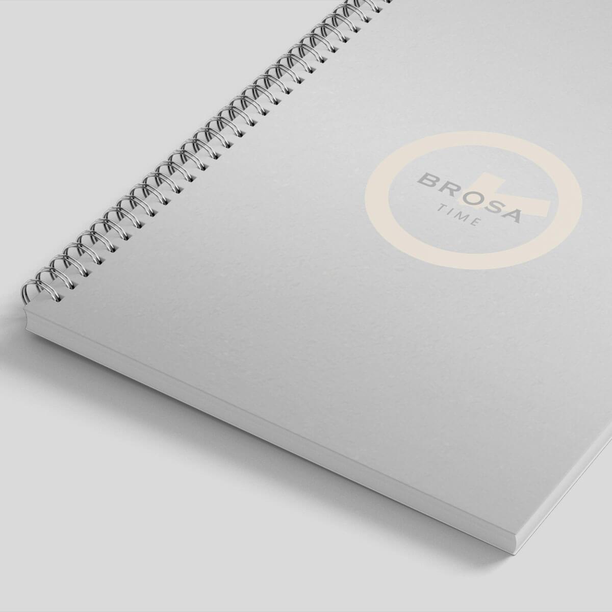 Notes na spirali z logo